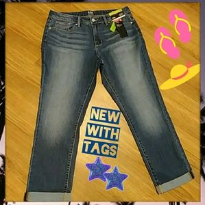 NWT Skinny Ankle Jeans Size 12